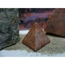 Pyramide en rouge de Porto