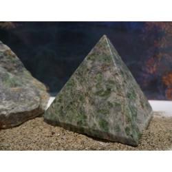 Pyramide en Vert d'Orezza