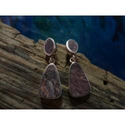 Boucles d'oreille agent massif et Rhyolite de l'Argentella
