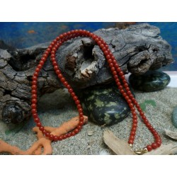 18k Gold necklace with the true Mediterranean red coral