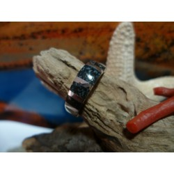 Bague argent massif et diorite noire