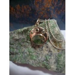 Sterling silver pendant with Vert d'Orezza