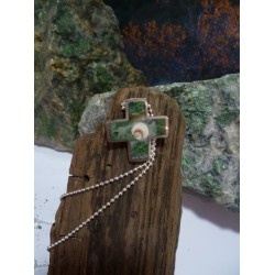 Sterling silver pendant with Vert d'Orezza and the Eye of Saint Lucia
